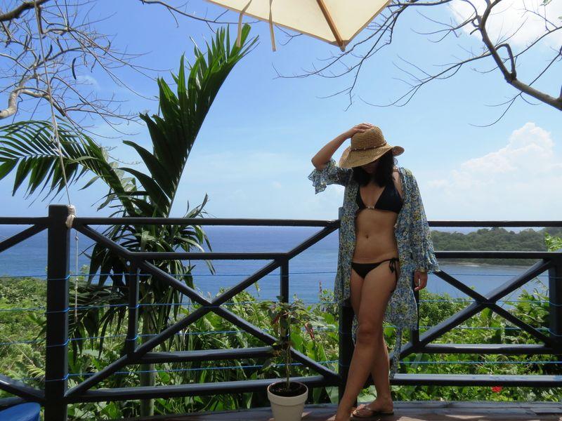 Eva in bikini